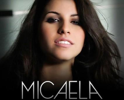 Micaela:con la canzone scritta da Kekko Silvestre vola in classifica